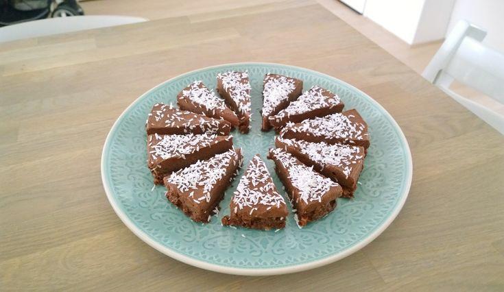 chocolade kokos taart -Raw - vrij van gluten, geraffineerde suiker, koemelk en E-nummers