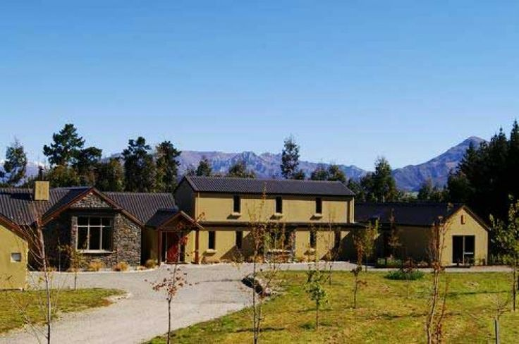 Wanaka Accommodation, Autumn Lodge, Wanaka Bed and Breakfast | Amazing Accom
