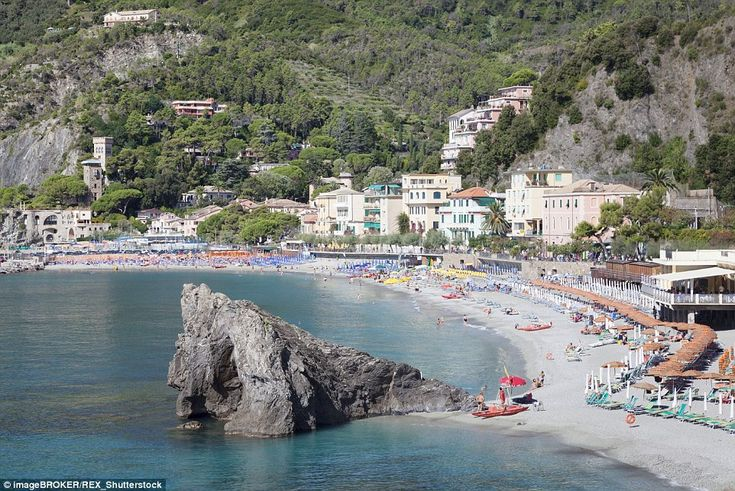 Along the part of the Italian Riviera, there's only one sandy waterfront, located in the town of Monterosso el Mare in Cinque Terre