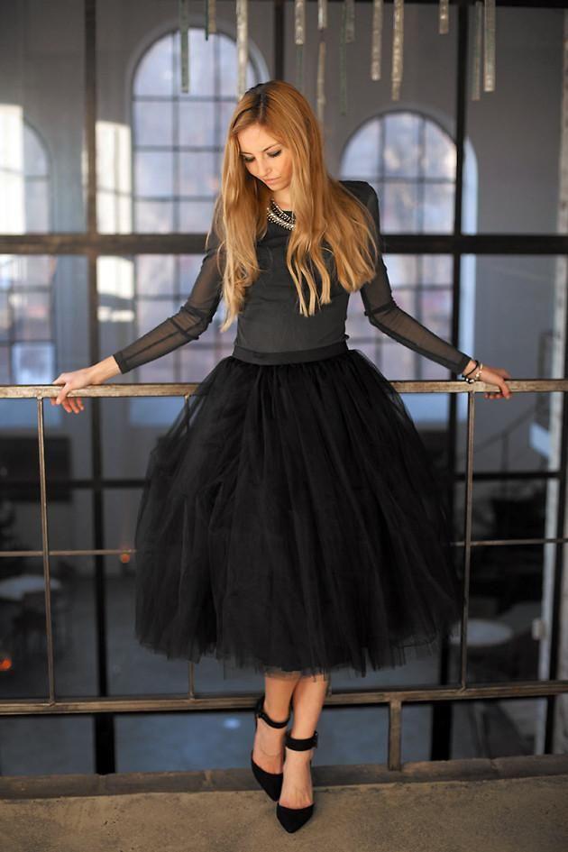 Shop this look on Kaleidoscope (skirt, shirt, pumps)  http://kalei.do/WYtiOwOO53JiPFfP