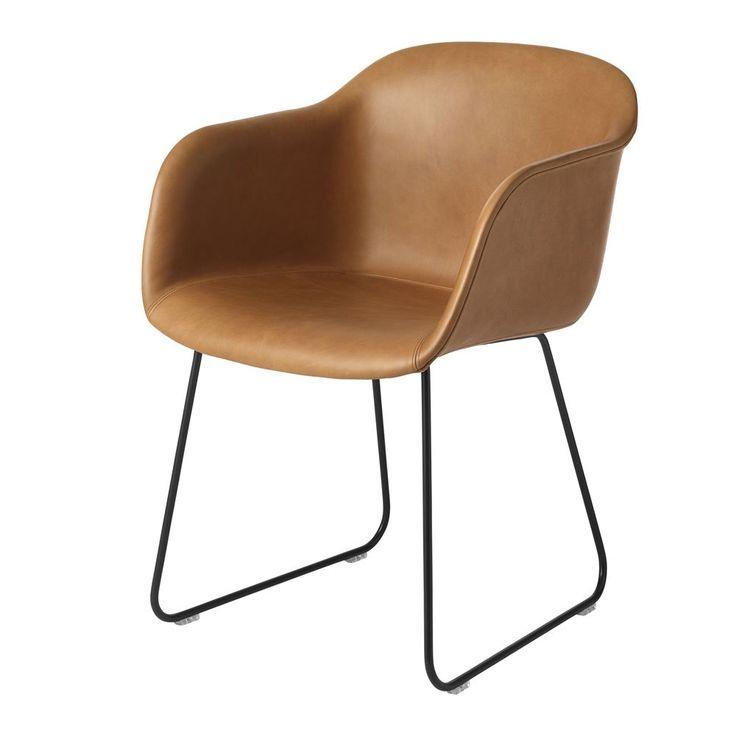 Fiber Chair Sled base Cognac Silk leather / Black Karmstol   Muuto   Länna Möbler   Handla online