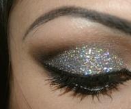 Beautiful Makeup, Silver Glitter, Eye Makeup, Eye Shadows, Inspiration Pictures, Makeup Eye, Makeup Looks, New Years Eve, Eyeshadows
