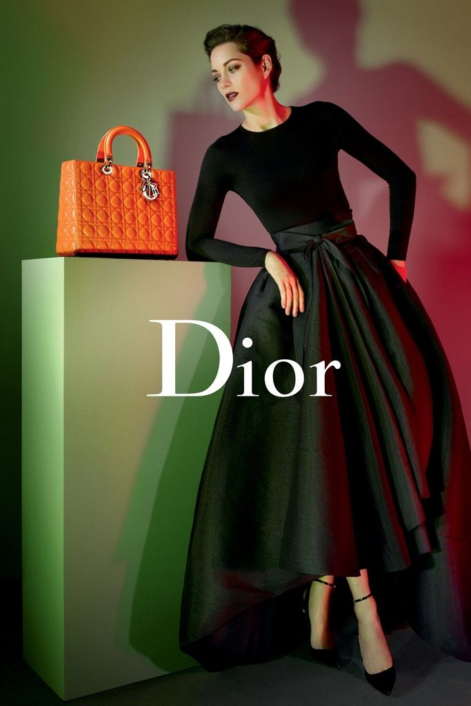 "Marion Cotillard Gets Dark for ""Lady Dior"" Handbags 2013 Campaign by Jean-Baptiste Mondino 