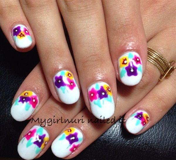 Day 218: Floral On White Nail Art - - NAILS Magazine