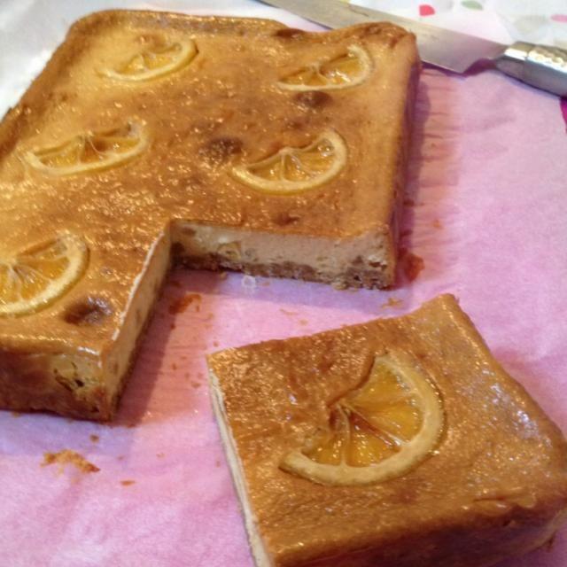 こないだのキャラメルバナナチーズケーキでチーズケーキ熱が再燃してしまいました - 85件のもぐもぐ - はちみつレモンチーズケーキ by kumatian