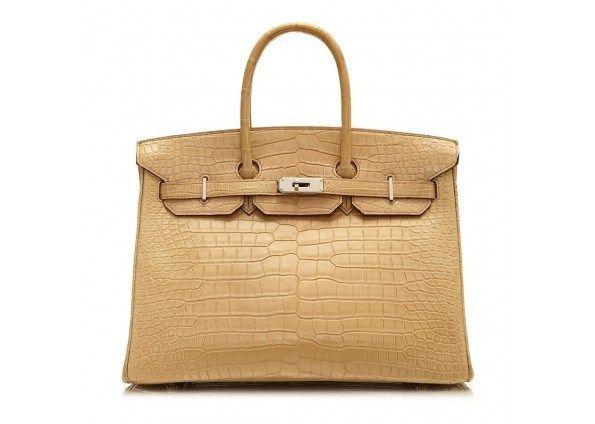 Investeren in een designertas? Deze modellen moet je hebben - Het Nieuwsblad: http://www.nieuwsblad.be/cnt/dmf20170502_02861950