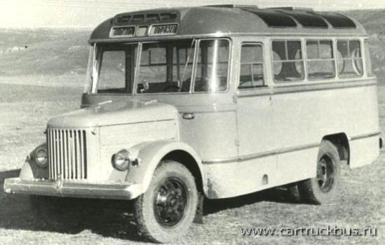 Опытный автобус ПАЗ-671А, широко унифицированный по кузову с «вагонником» ПАЗ-652