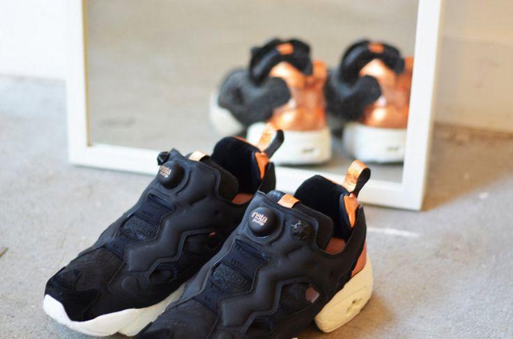 Уже больше двадцати лет, а точнее с 1994 года, известная модель Reebok Instapump Fury удивляет любителей футуристической обуви необычной и всегда актуальной формой, которой неподвластны изменяемые тренды и течения. Сочетания высококачественных материалов создаёт единую картину, имеющею множество оригинальных акцентов.  Запатентованная технология системы pump украшают кроссовки, а детали в тон отлично балансируют образ