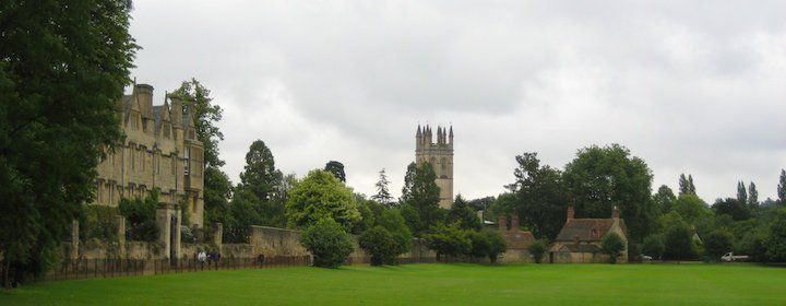Visiting Oxford and the University while traveling in England