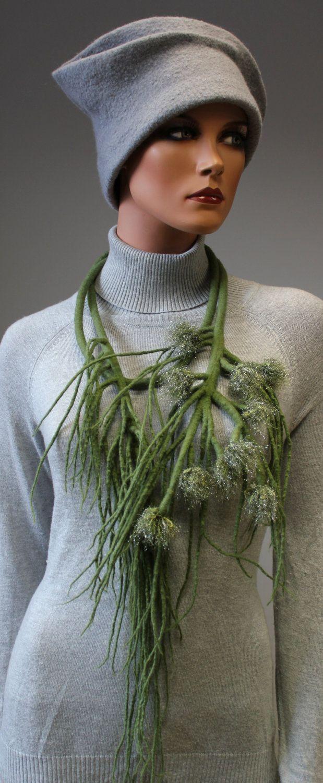 Regina Doseth - Fields Riches felt necklace