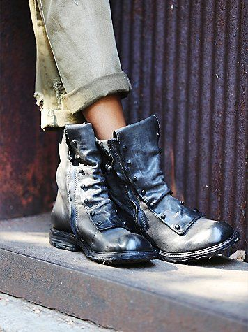 ☆ army boots vintage