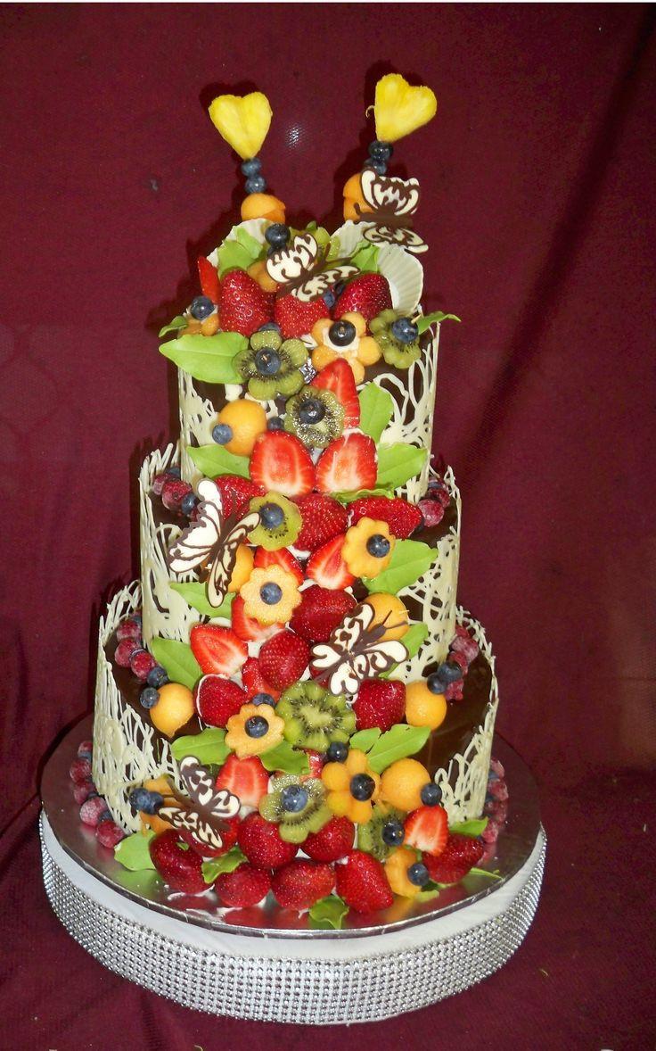 43 best images about my favorite cake designs on pinterest sugar flowers skull wedding cakes. Black Bedroom Furniture Sets. Home Design Ideas