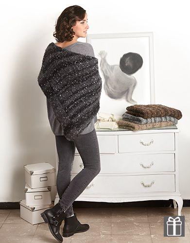 Hoe moet je een omslagdoek breien? Met dit eenvoudige patroon voor beginners leer je een mooie omslagdoek breien met 1 bol Katia garen.