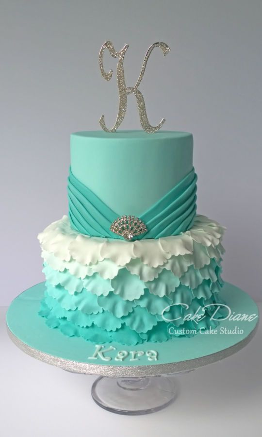 Cake Ideas For A 16th Birthday Party : 25+ best Sweet 16 Cakes ideas on Pinterest 16 cake ...