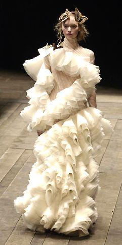 Rippling Ruffles - 3d sculptural ruffle dress; dimensional fashion design // Alexander McQueen