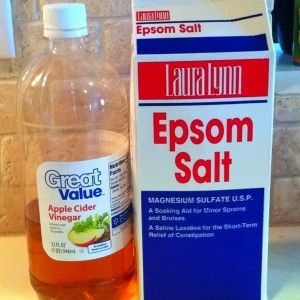 Just tried this - used 1/2 cup vinegar, 1/2 cup Epsom salt and two cups HOT water - I added 5 drops of peppermint EO and it covered the vinegar smell very well!