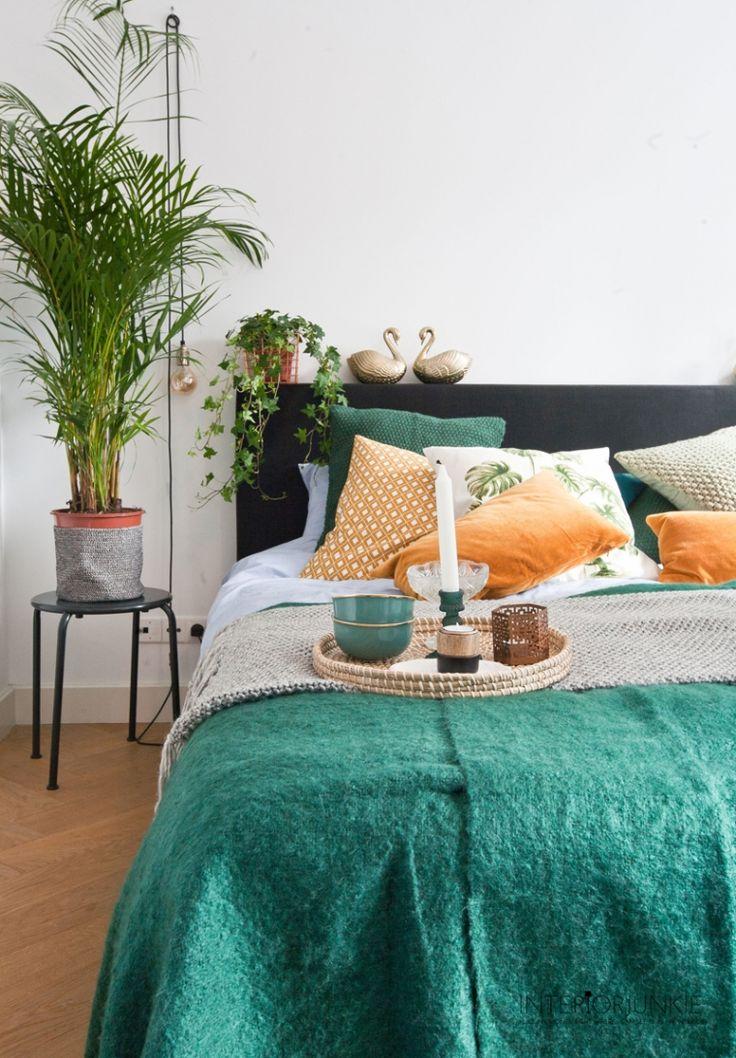 Botanical, vintage, gold & copper © Elisah Jacobs/InteriorJunkie #hmxinteriorjunkie #interiorjunkie #interiors #interior #living #vintage #botanical #green #greenliving #trends #homedecoration #homedeco #interiordesign