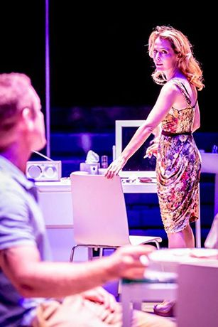 Ben Foster & Gillian Anderson in A Streetcar Named Desire at the Young Vic© Johan Persson