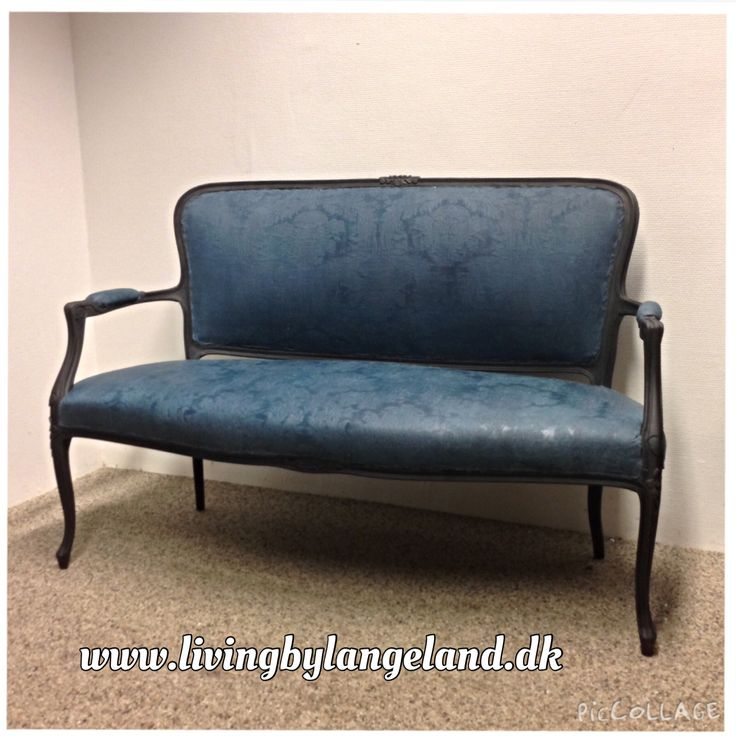 Annie Sloan Chalk Paint on fabric Aubusson Blue and Graphite