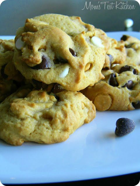 : Butterscotch Pudding Triple Chip Cookies #SundaySupper   Cookies ...