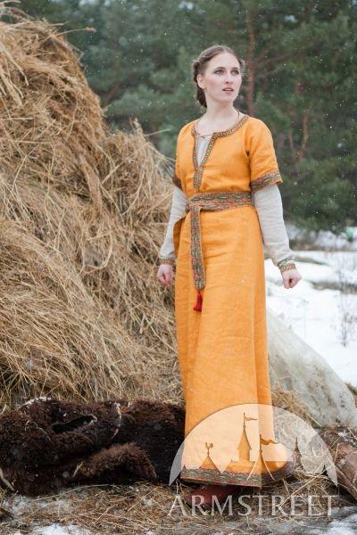 « Knyazhna Helga » robe médiévale avec tunique en lin ArmStreet