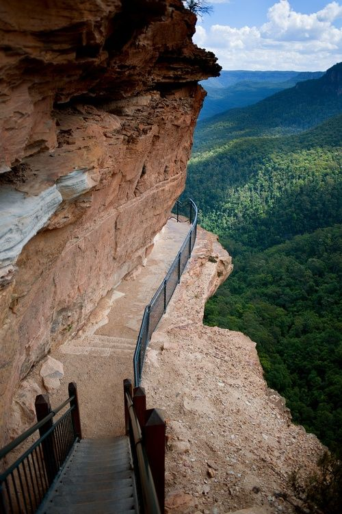 cliffside path, The Blue Mountains, NSW