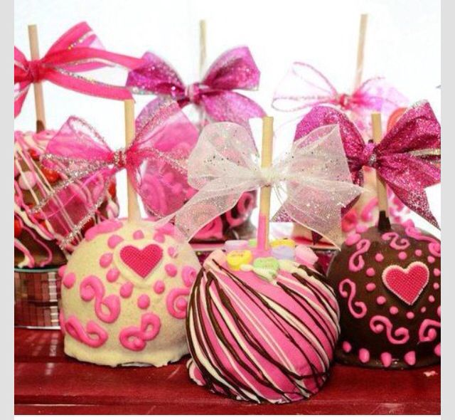 Lovely apples for a Valentine's Tea Party!  Using the DecoFun Bow Maker, you can DIY the bows in advance & have them ready to easily add them !  www.decofunbowmaker.com
