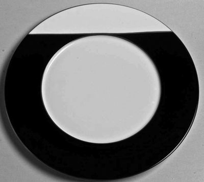 Twiggy Black & White Platinum Charger  by J.L. Coquet  Diameter 13.0  SKU: 604350001