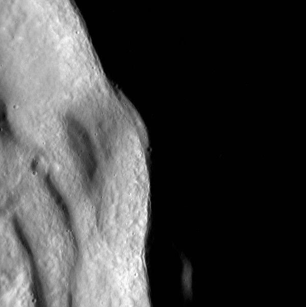 Image via NASA / JHU / APL MESSENGER spacecraft.