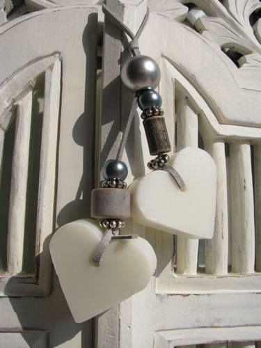 decor heart hangers