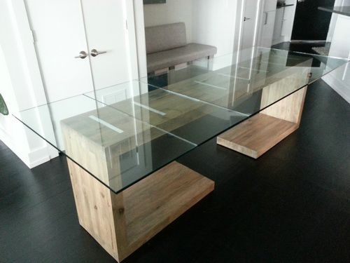 Exceptionnel Separate Cantilevered Glass Top Dining And Side Table That Are Designed To  Be Pushed Together To