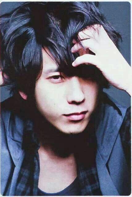 kazunari ninomiya..... OMG!!!!! I really need a boyfriend LOL, one that looked like Kazu would be perfect though :D