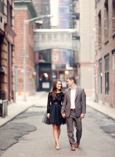 Engagement photos in the city. Gallery & Inspiration | Picture - 1305894 - Style Me Pretty
