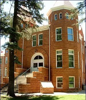 Northern Arizona University - Ramada West Flagstaff - Flagstaff Az Hotel