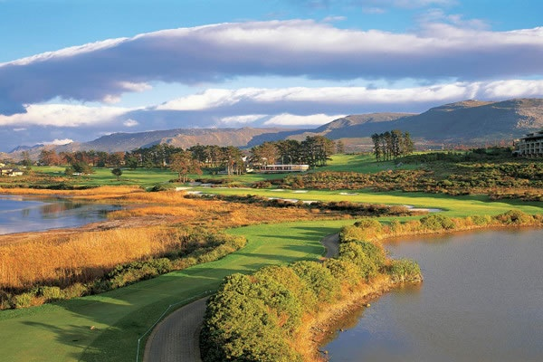 9th hole at Arabella Golf Estate, Western Cape, South Africa- 1 hour from La Cle des Montagnes