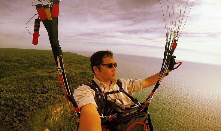 Fly over Parangtritis #paragliding
