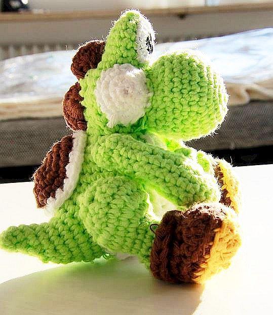 FDbyK4TT - Famous Dino CAL : Part I in 2020 | Crochet super mario ... | 620x539