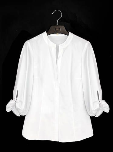 La camisa blanca según Carolina Herrera                                                                                                                                                                                 Más