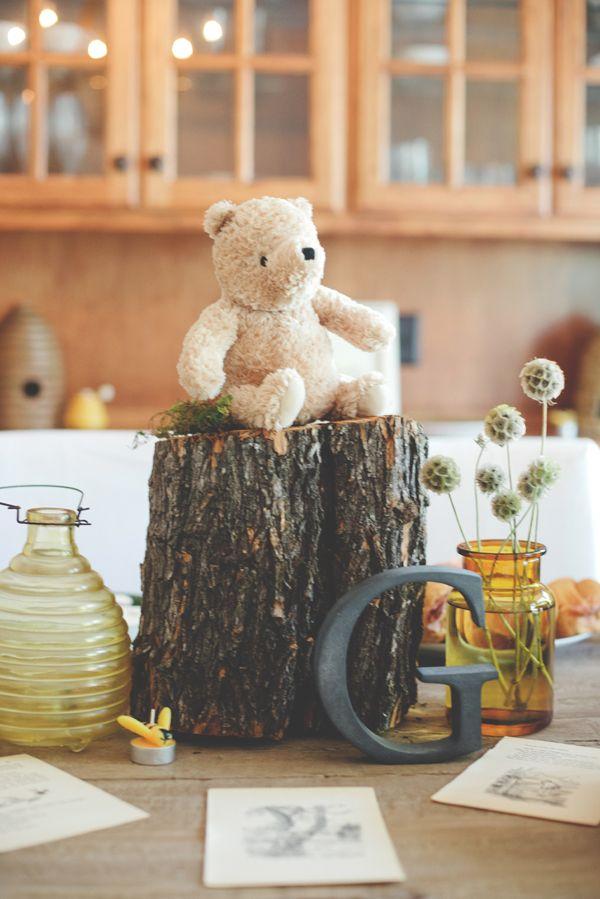 Winnie the Pooh Baby Shower 2 | The Little Umbrella
