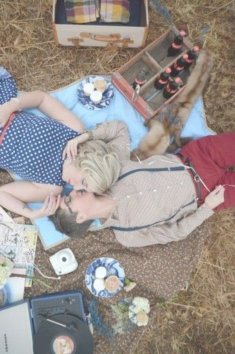 Georgia Vintage Picnic Engagement: Amanda & Jennifer | lesbian wedding | lesbian engagement | same-sex wedding | same-sex engagement