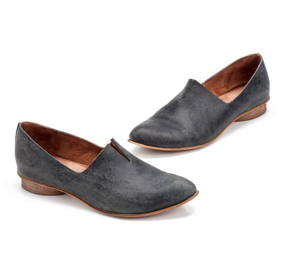 Hey, I found this really awesome Etsy listing at https://www.etsy.com/listing/208893306/textured-leather-shoes-flat-black