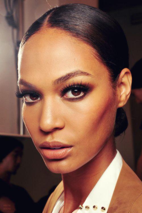 joanGucci Spring, Eye Makeup, Eye Color, Bridal Looks, Smoky Eye, Runway Makeup, Joan Smalls, Smokey Eye, Beautiful Secret