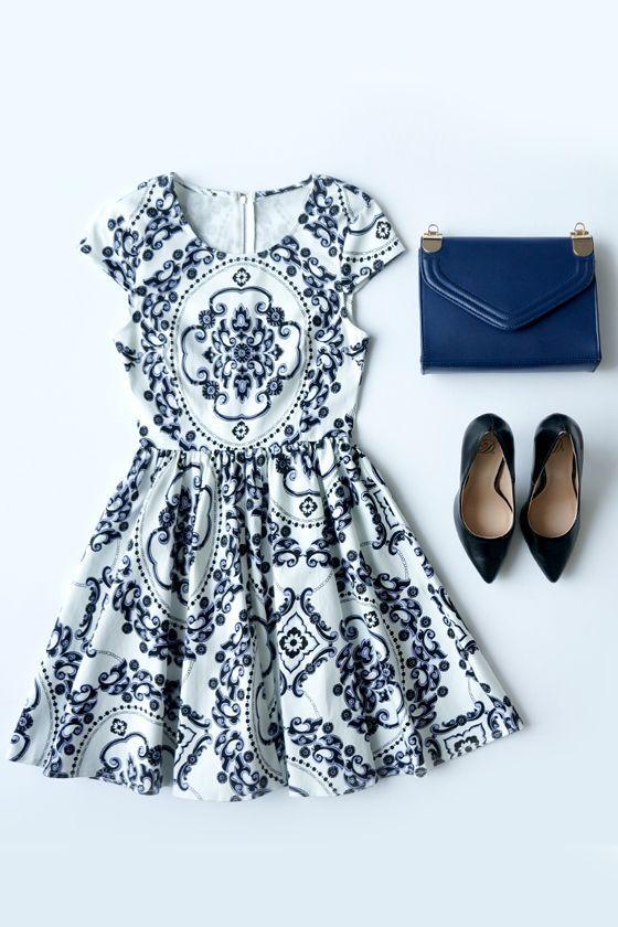 Cap-sleeved blue and white print flared mini dress