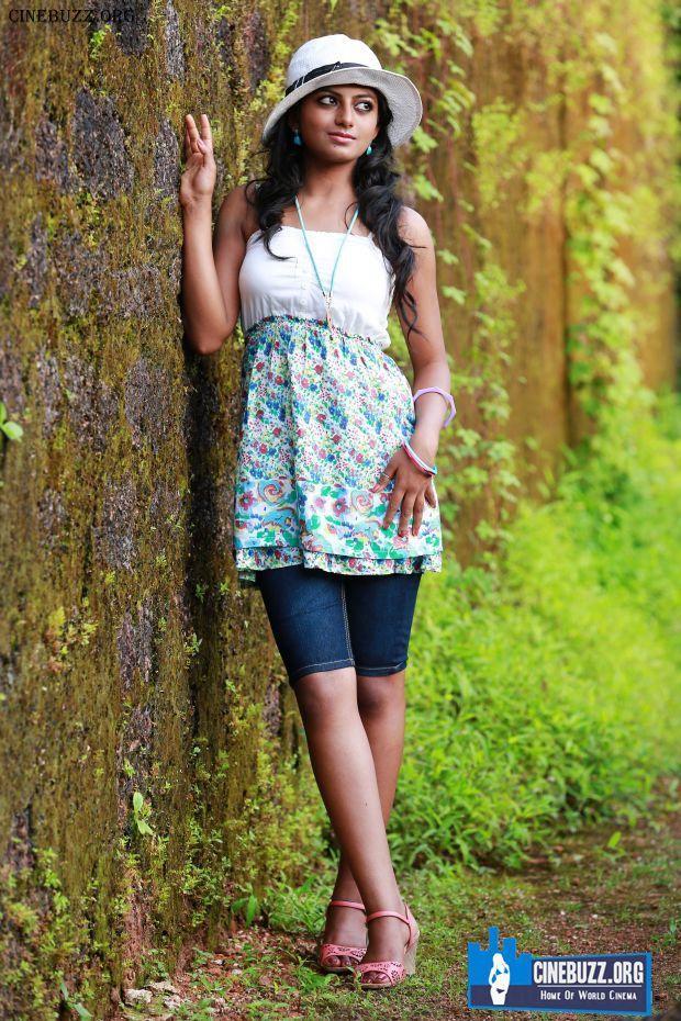 Latest Hot Pics of Rakshita