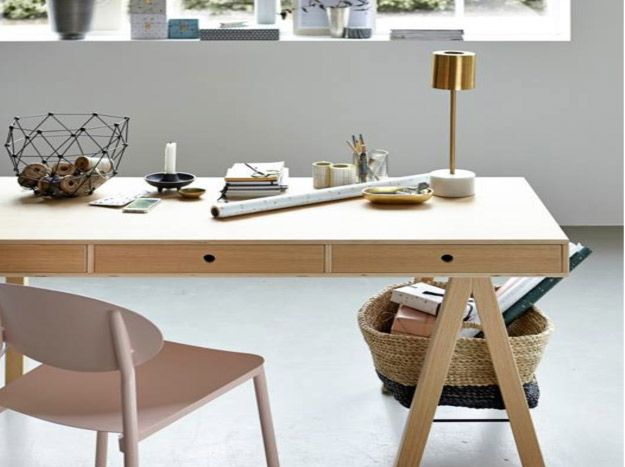 WALKER and DESK shop now this style: http://www.udesign-shop.com/go_to_style/house-doctor/  #housedoctor #walker #desk #nordic