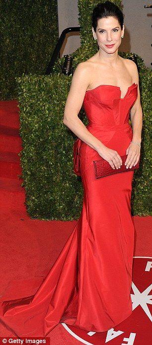 Sandra Bullock in Vera Wang at the 83rd Annual Academy Awards, February 2011
