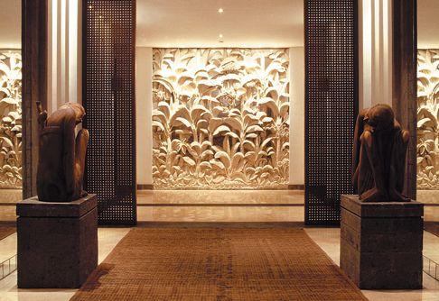 The legian bali interior design by jaya ibrahim jaya for Interior design villa bali