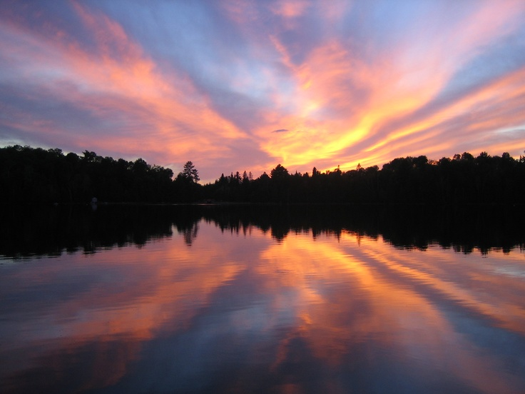 Blow up your dad's favourite cottage sunset on canvas or metal print.
