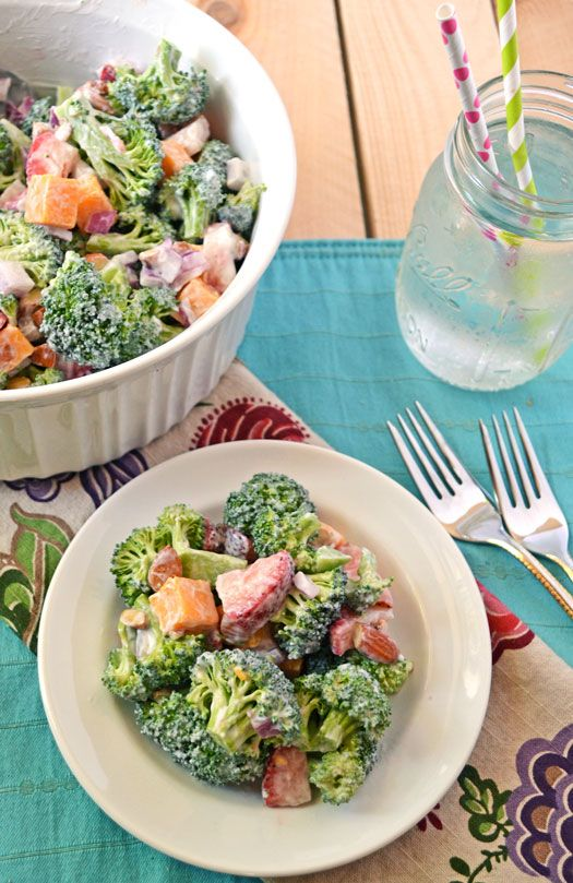 Strawberry-Broccoli-Salad-Recipe-The-Law-Students-Wife: Dressing, Broccoli Salads, Law Students, Food Gluten, Recipes Salads, Vegie Recipes, Broccoli Salad Recipes, Favorite Recipes, Fav Foods