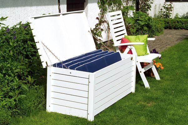 Dynlåda Bottenholmen i vitlaserad furu, vit förvaringsbox för dynor och trädgårdsredskap. Storlek: 135x59 cm.